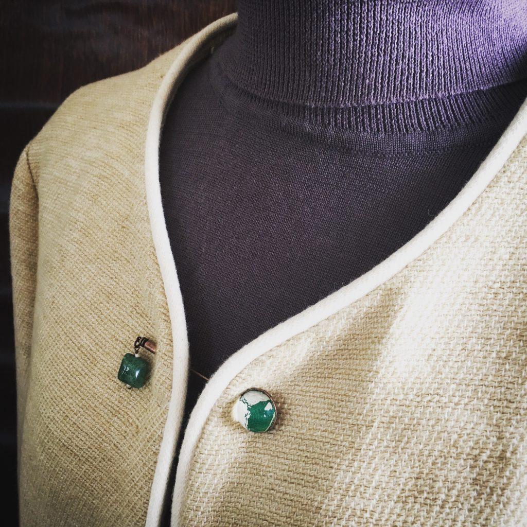 緑のハットピン