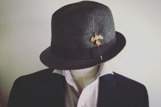 パナマ帽子にハットピン