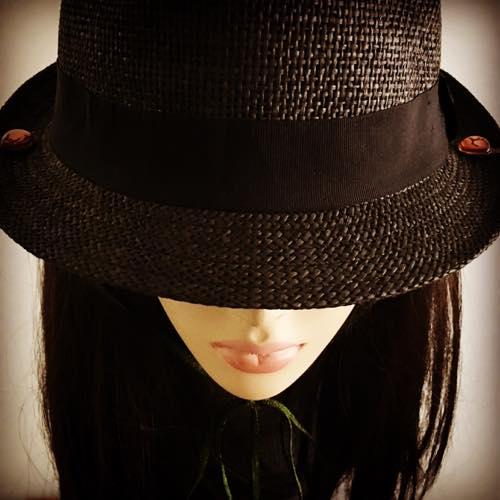 hat-clip